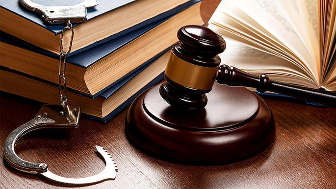 сущности, нарушение права на защиту обвиняемого Олвина