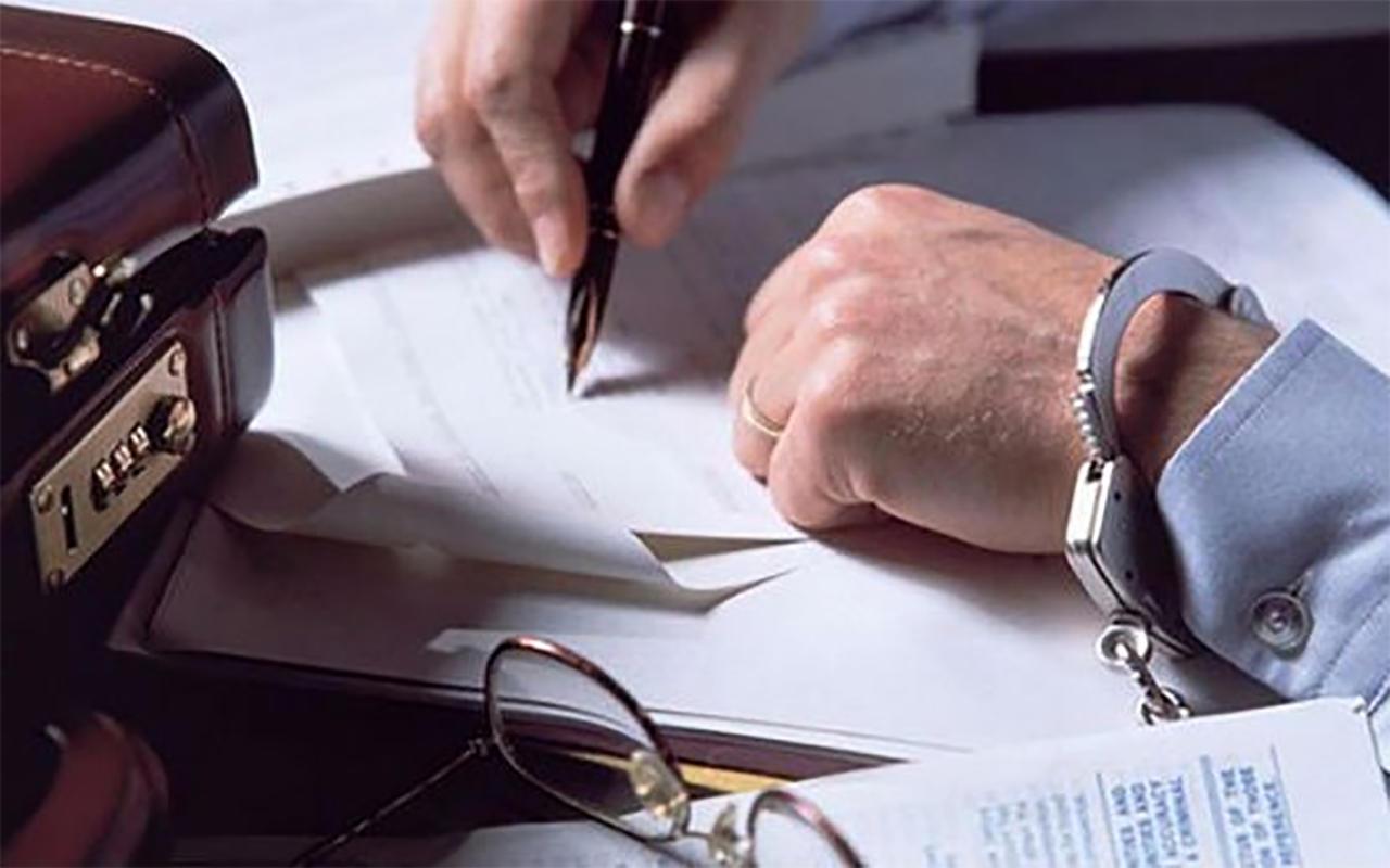 какое наказание угрожает получение кредита по поддельным документам в размере 500000р