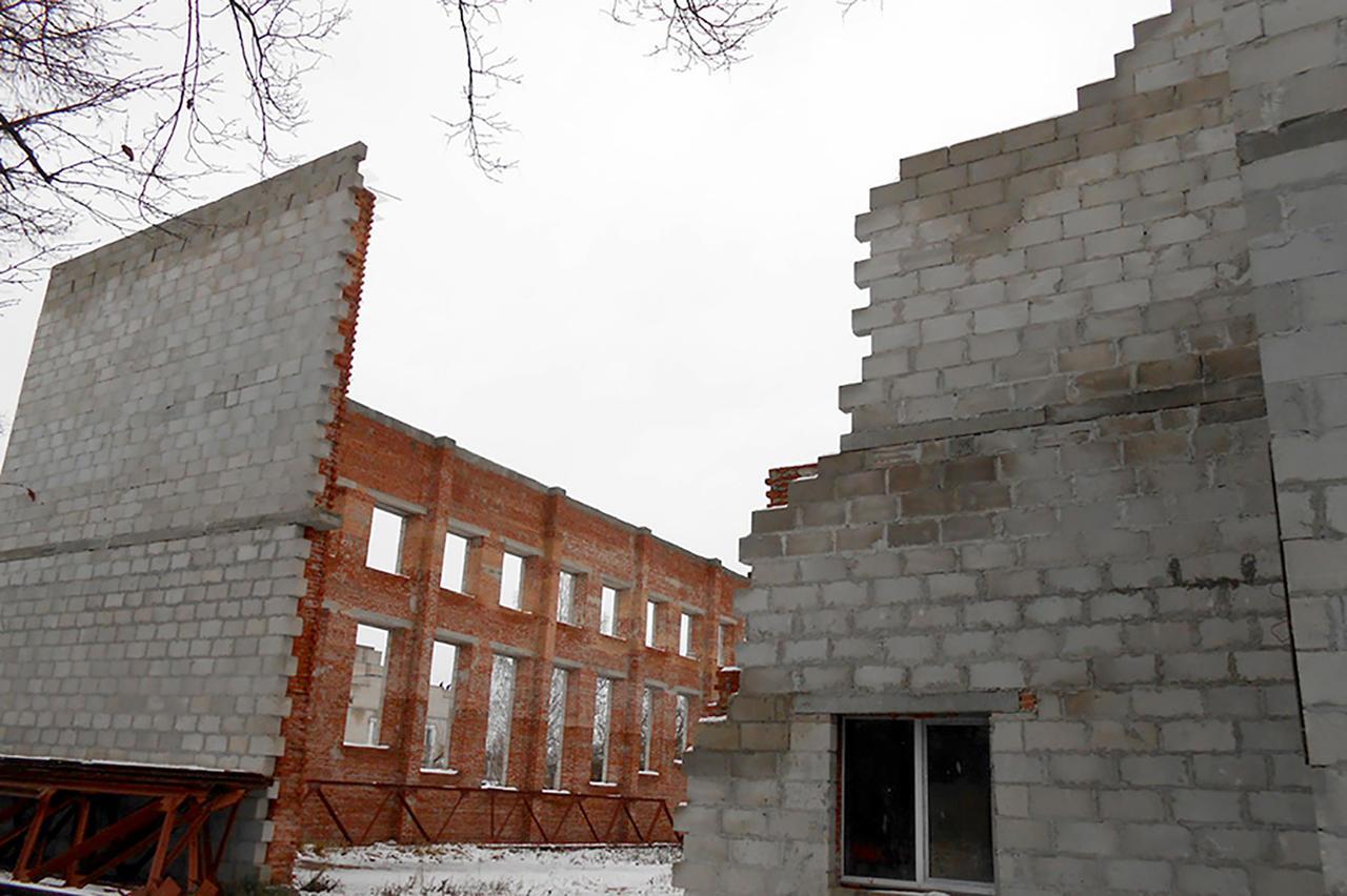 Строительство спортивно-оздоровительного центра в Брагине началось в 2010 году